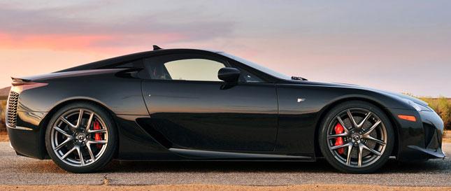 Спортивный Lexus LFA