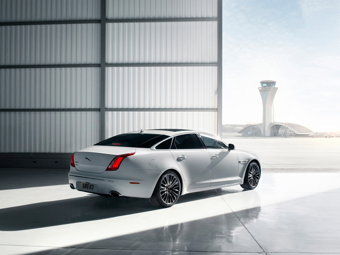 2012-jaguar-xj-ultimate-2