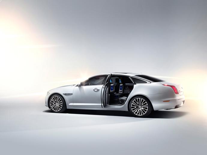 2012-jaguar-xj-ultimate-5