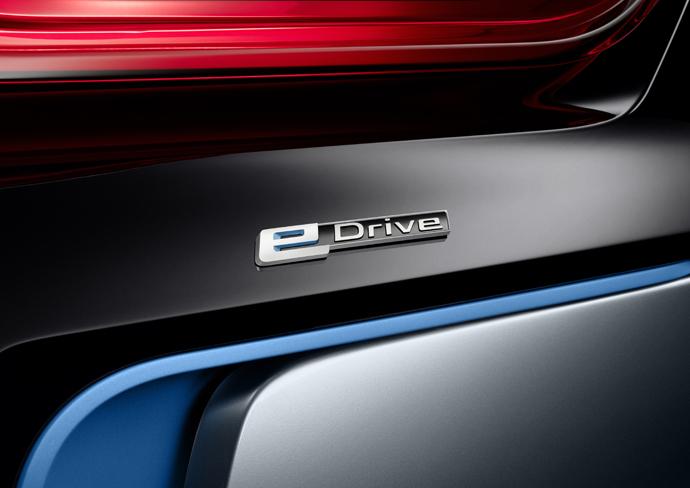 BMW i8 Concept Spyder-8